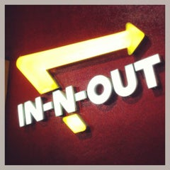 Photo taken at In-N-Out Burger by Tom F. on 2/21/2013