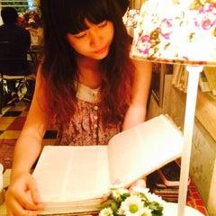 Photo taken at Café Gác Hoa by Linh T. on 10/18/2014