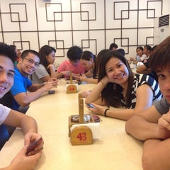 Photo taken at Mandarin Tea Garden by Kwin Berzelle S. on 7/18/2014