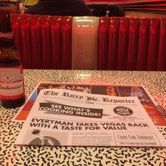 Photo taken at Roxy's Diner by Emanuele P. on 1/23/2016