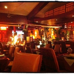 Photo taken at Paris Bangkok French Restaurant and Lounge by SY S. on 7/4/2011