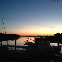 Photo taken at Morgan Creek Grille by Laura L. on 4/13/2012