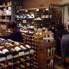 Photo taken at Chelsea Wine Vault by Simone P. on 4/28/2016