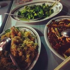 Photo taken at Jom Cari Makan by Chef Zam on 5/1/2013