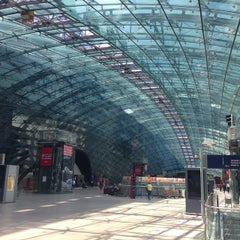 Photo taken at Frankfurt (Main) Flughafen Fernbahnhof by John O. on 5/14/2015