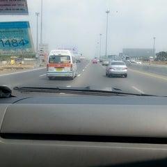 Photo taken at ทางหลวงพิเศษหมายเลข 7 (Motorway No. 7) by Pinkie'littlefinger N. on 2/27/2014