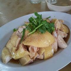 Photo taken at Restaurant Yat Yeh Hing by Irene N. on 12/2/2012