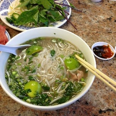 Photo taken at Phở 88 by Arielle Q. on 1/29/2013