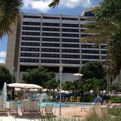 Photo taken at Contemporary Resort Pool by Nadine B. on 8/25/2014