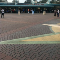 Photo taken at Esplanade & Ticket Booths by Alix N. on 2/2/2013