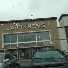 Photo taken at LA Fitness by dè gra on 10/4/2012