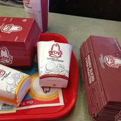 Photo taken at Arby's by Sassy C. on 8/15/2013