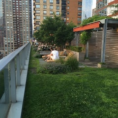 Photo taken at Battery Park City by Josue C. on 7/13/2015