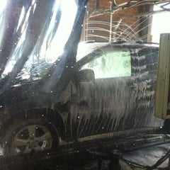 Photo taken at Auto Bell Car Wash by Shindy C. on 12/21/2012
