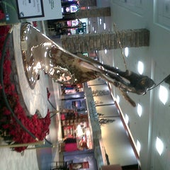 Photo taken at Terminal 4, Concourse B by Jesús S. on 12/18/2012