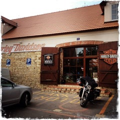 Photo taken at Harley Davidson Šalamounka Club by Johan H. on 7/29/2014