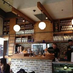 Photo taken at Landwer Café (קפה לנדוור) by Maoz S. on 1/11/2013