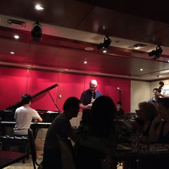 Photo taken at The Jazz Room at The Kitano by JKお散歩ダメよ〜、ダメダメ on 7/7/2015
