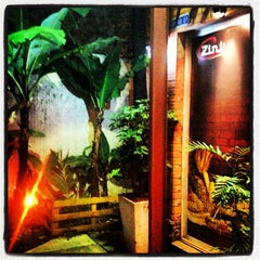 Photo taken at Zini Restaurante by Rogério F. on 4/26/2013