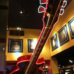 Photo taken at Hard Rock Cafe New York by Yazeed A. on 3/25/2013