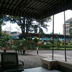 Photo taken at Pondok Pesantren Modern Islam (PPMI) Assalaam by Nandang W. on 1/25/2013