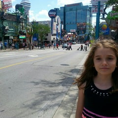 Photo taken at Clifton Hill Tourist Area by Adela F. on 7/23/2015