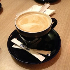 Photo taken at Wayne's Coffee by Suha A. on 2/22/2013