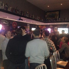Photo taken at Max's Brew Bar and Krafteria by Tim L. on 11/23/2013