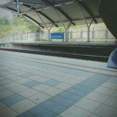 Photo taken at KTM Komuter Kuala Kubu Bharu (KA14) Station by Abdul R. on 4/8/2016