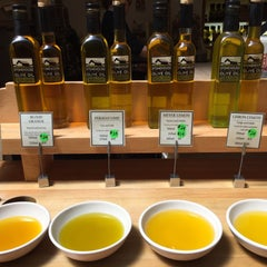 Photo taken at Stonehouse California Olive Oil by zhao yue ღ. on 4/24/2015