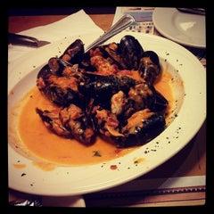 Photo taken at Marinara Pizzeria & Restaurant by Azelia on 12/30/2013
