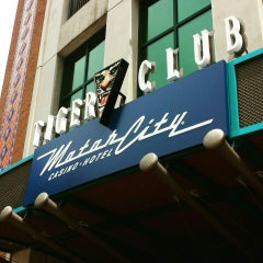 Photo taken at Tiger Club by Enjoli M. on 8/6/2015