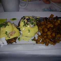 Photo taken at Hall Street Grill by Shereen R. on 1/26/2013