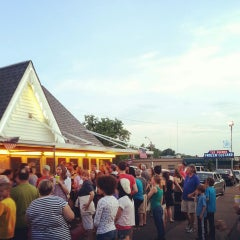Photo taken at Ted Drewes Frozen Custard by kevin s. on 5/27/2013