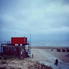 Photo taken at Strandpaviljoen Willy Zuid by Christiaan H. on 7/12/2014