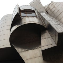 Photo taken at Frederick R. Weisman Art Museum by roger b. on 12/15/2012