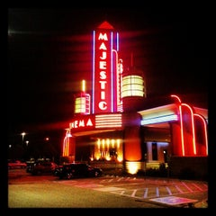 Photo taken at Marcus Majestic Cinema of Brookfield - Brookfield by Carley S. on 9/22/2013