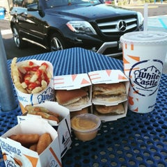 Photo taken at White Castle by Jay C. on 7/29/2015