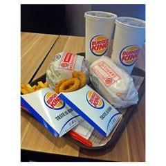 Photo taken at Burger King by Miel B. on 5/5/2015