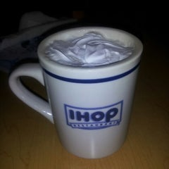 Photo taken at IHOP by Ernesto C. on 11/17/2012