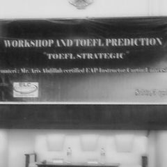 Photo taken at Fakultas Ekonomi Universitas Mulawarman by Isminila S. on 4/5/2014