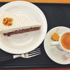 Photo taken at Viena Café by Weruska C. on 11/21/2014