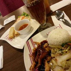 Photo taken at Solaria by Umay S. on 9/13/2015