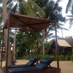 Photo taken at Peace Resort Samui by Наталия А. on 5/29/2015