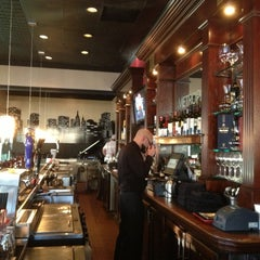 Photo taken at MetroPrime Steakhouse by Allen H. on 4/5/2013