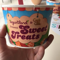Photo taken at Yogurtland by Meirav TK on 10/4/2015