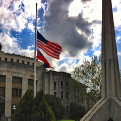 Photo taken at Hinds County Circuit Courthouse And Detention Center by Michael W. on 4/10/2013