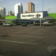 Photo taken at Carrefour by Van S. on 1/31/2013