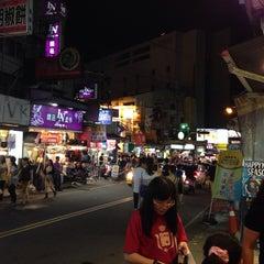 Photo taken at 東海別墅夜市 by abeshi on 5/31/2014