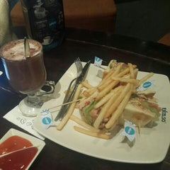 Photo taken at de`EXCELSO by Irvan S. on 9/25/2015